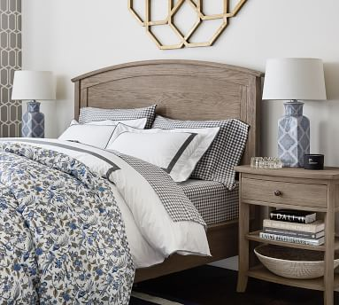 Chloe Bed, Antique White, King
