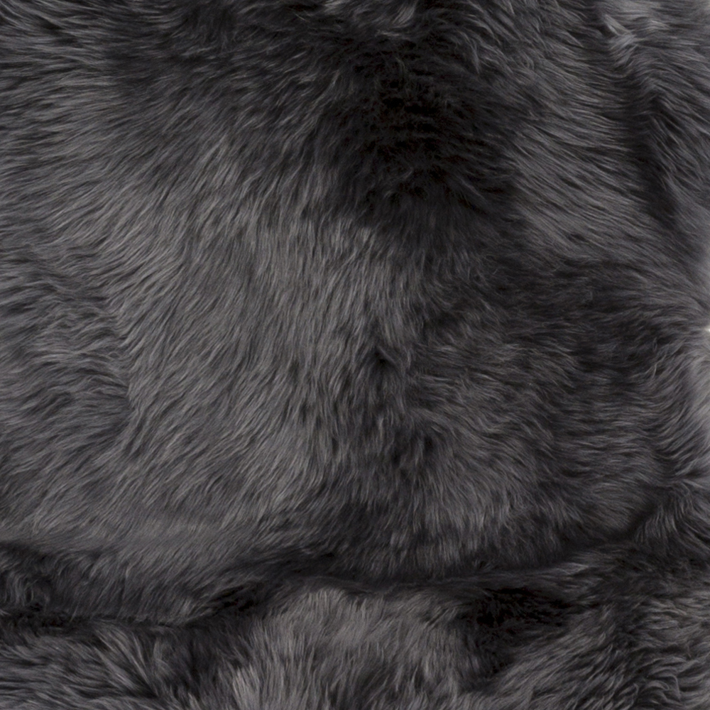 Sheepskin 2' x 3' Area Rug